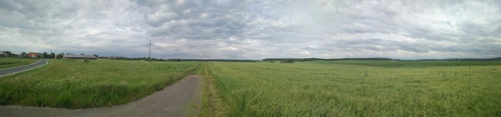 Landschaftsfoto: Gelände zwischen Hellmitzheim und Dornheim mit dem Zettelbachtal